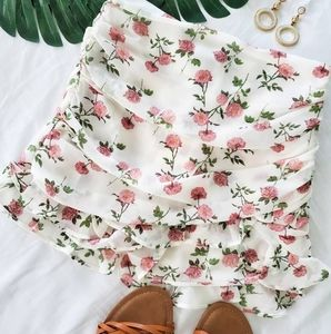 Ivory and pink floral print mini skirt
